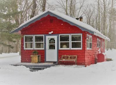 Cavendish Red Cabin.JPG