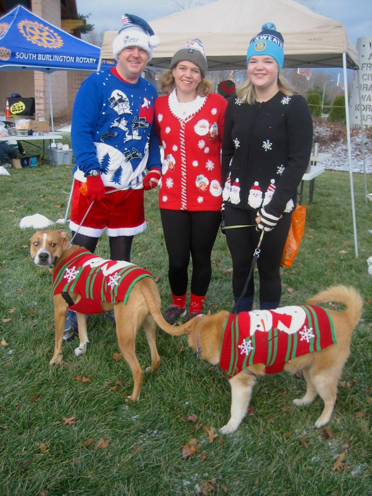 Ugly Sweater participants and matching pest (2018)