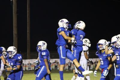 Devinar Roberson Celebrating touchdown