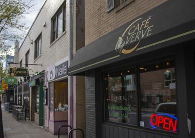 Cafe Verve, Outside