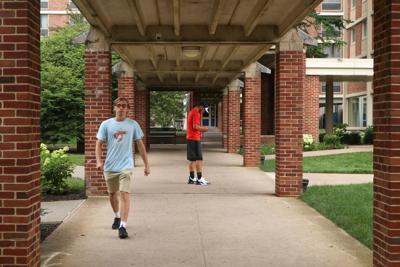 Freshmen, walk