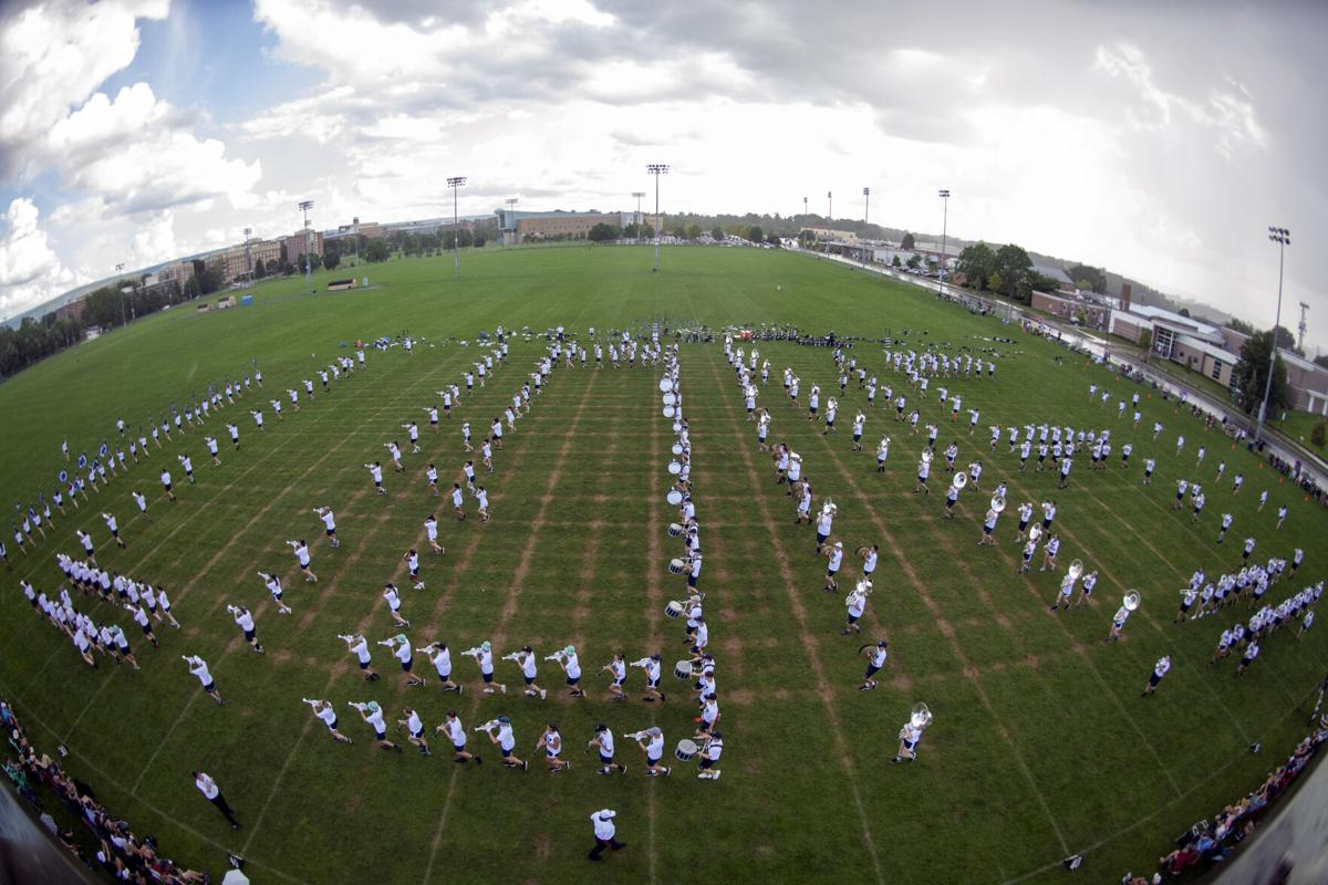 Blue Band lions formation