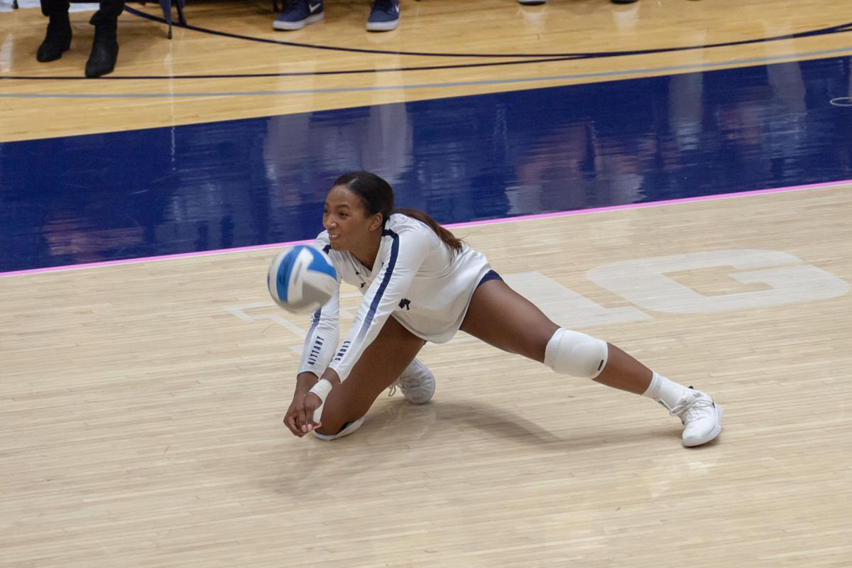 Women's Volleyball vs Purdue