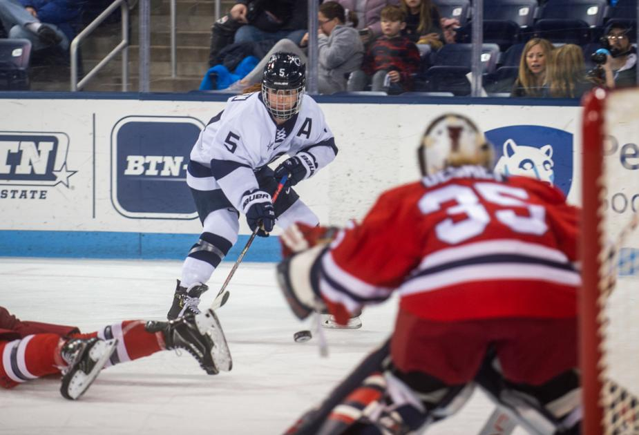 Penn State women's hockey goes on the road hoping to solve scoring woes