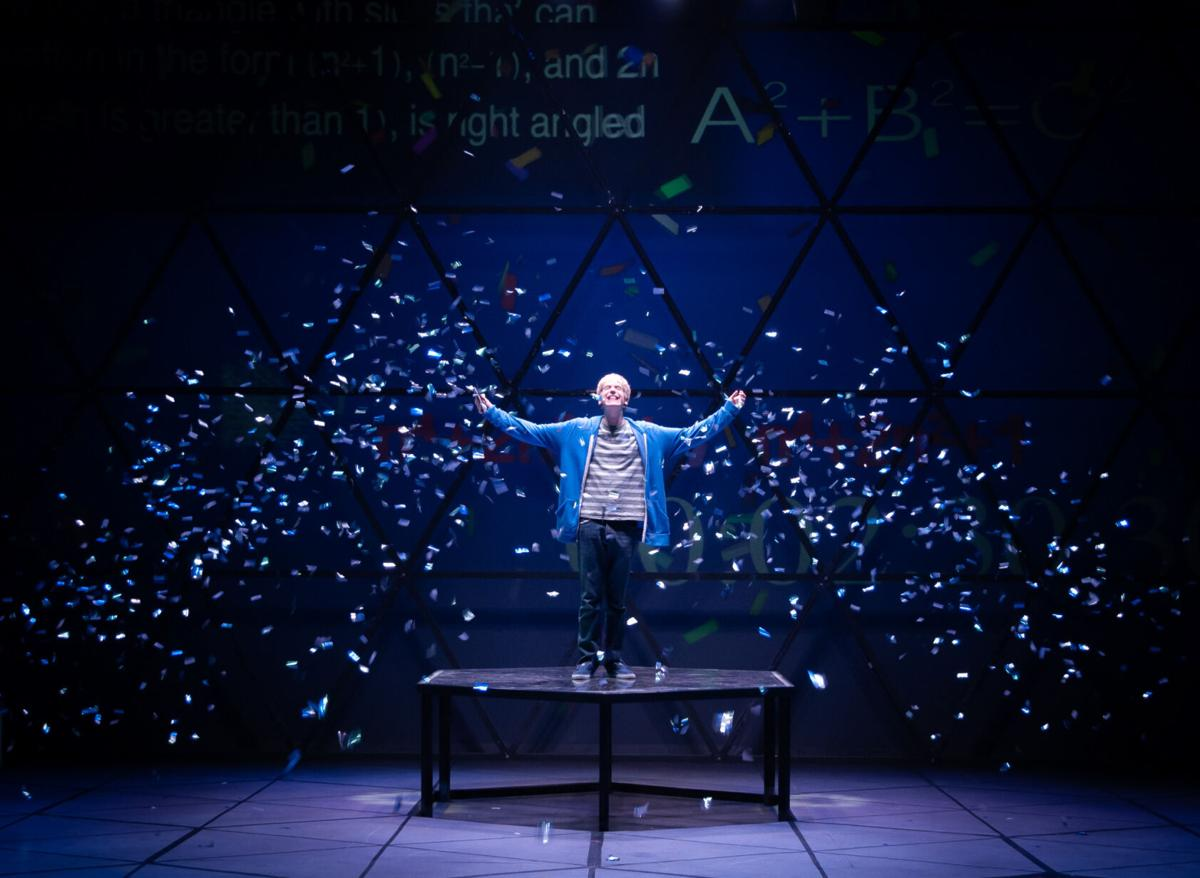 The Curious Incident of the Dog in the Night-Time, confetti