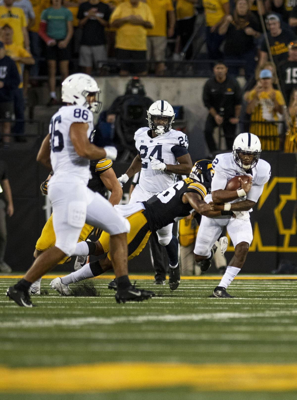 Penn State football vs. Iowa, Roberson (2)