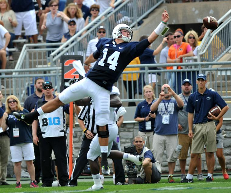 The Daily Collegian: Football