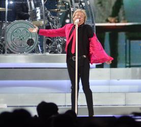 Rod Stewart Performs