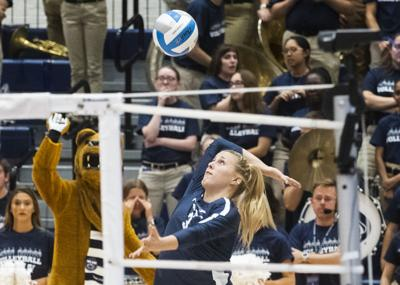 Women's Volleyball vs. Michigan State, White (3) Serves
