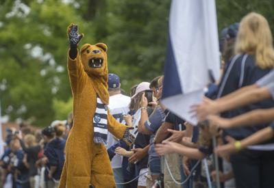 Team Arrival, Nittany Lion