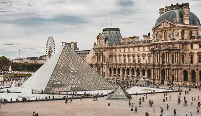 First Visit to the Louvre Museum? How to Make the Most of It