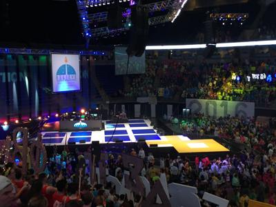 bad20604b1a Students share their strategies for staying on their feet at THON ...