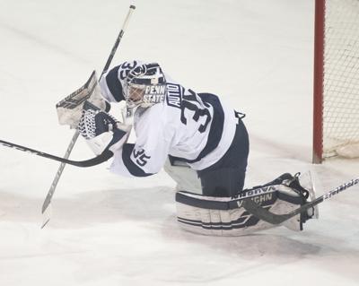 Men's Hockey vs Notre Dame, Autio (35)