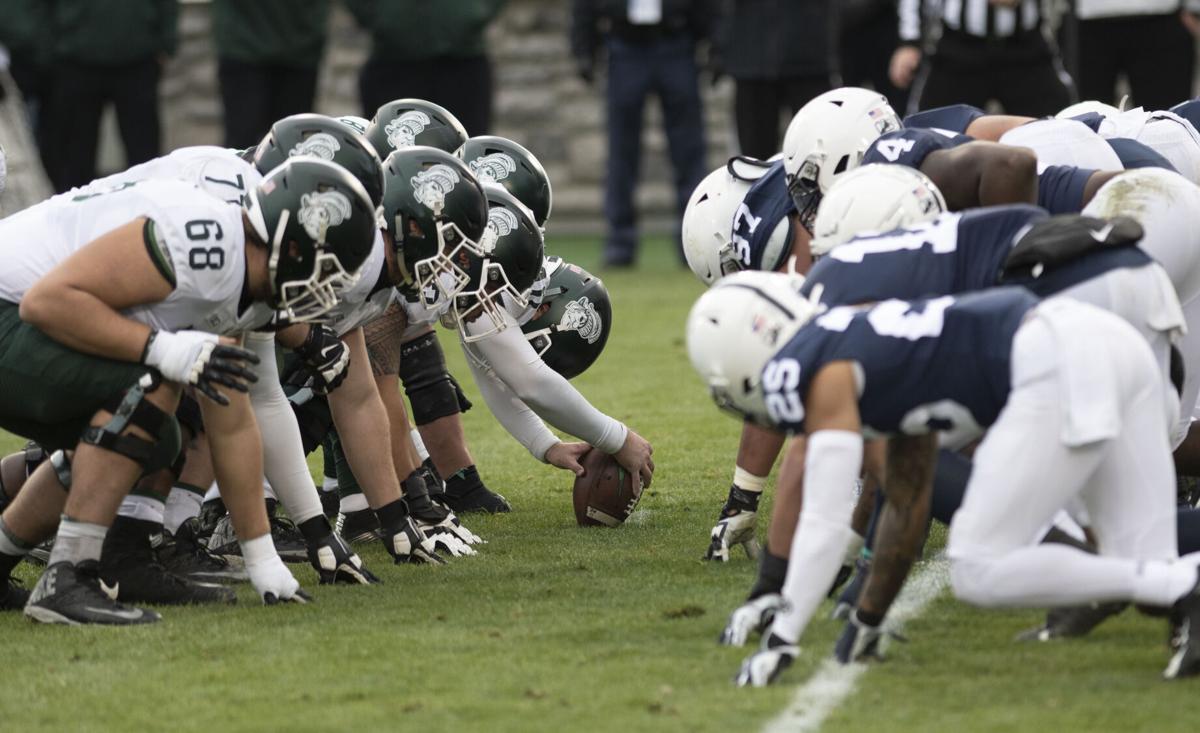 Penn State Football vs MSU, Snap