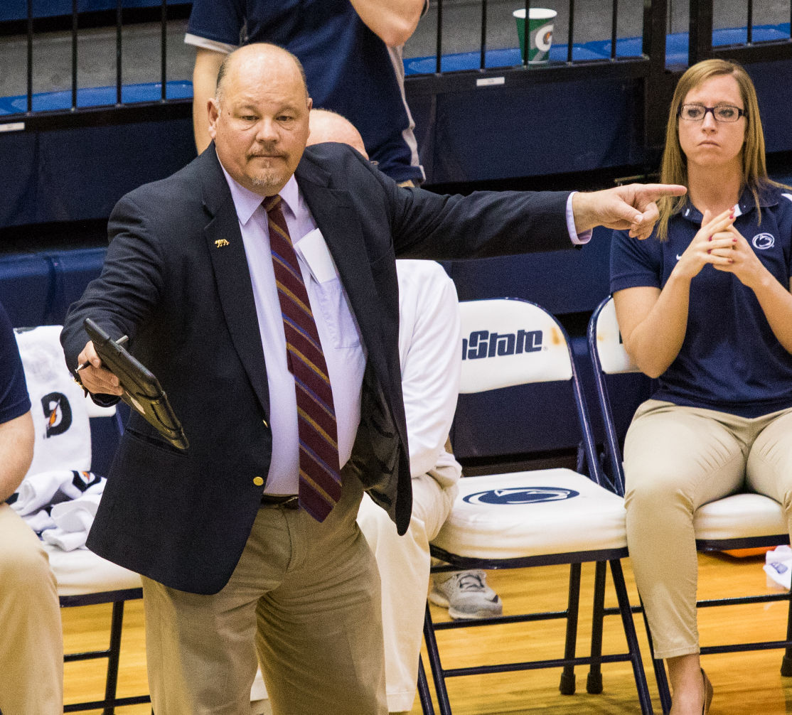 Penn State Men S Volleyball Coach Mark Pavlik Recognized As An All Time Great Coach Penn State Volleyball News Daily Collegian Collegian Psu Edu