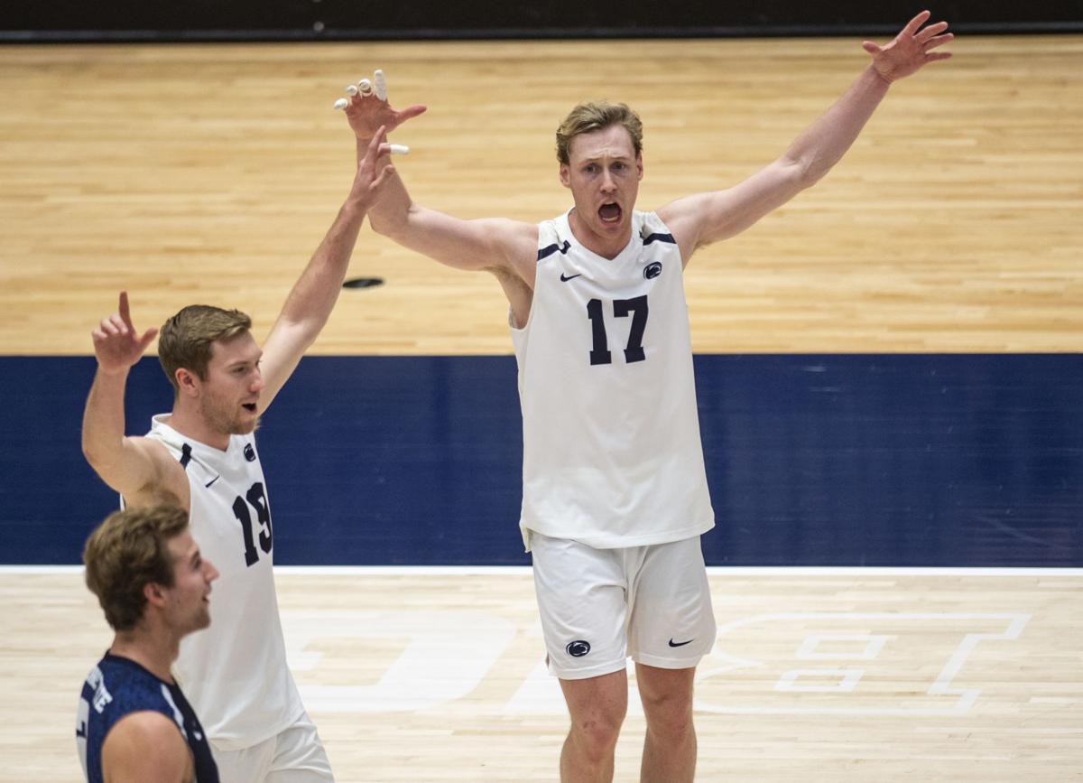 Men's Volleyball, Outside hitter Henrik Falck Lauten (17)