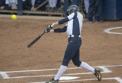 softball, Michigan, Dani Fey (8)