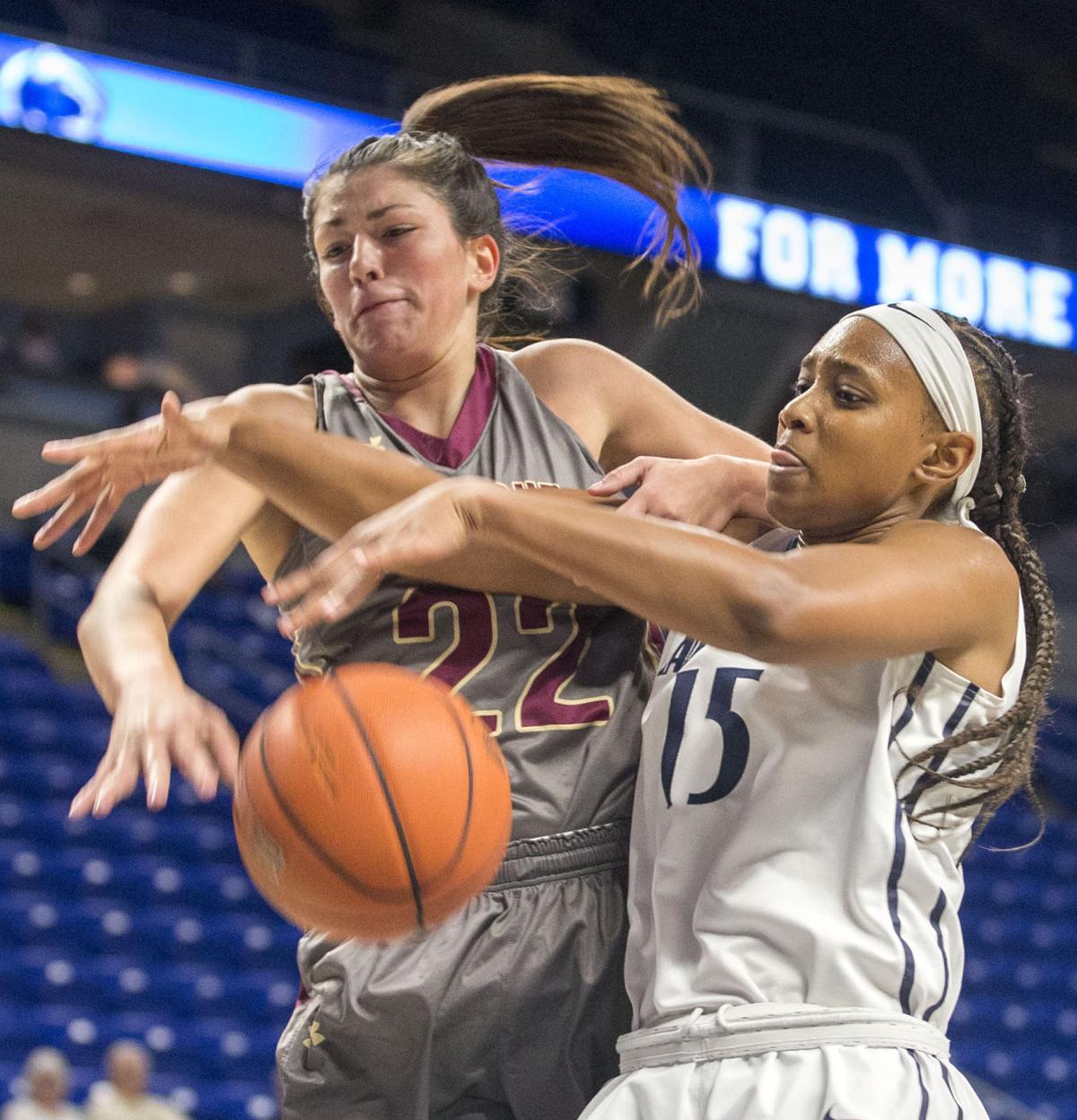 Women's basketball, Mitchell (15)