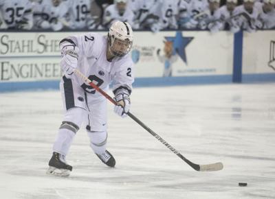 Men's Hockey vs Notre Dame, Hults