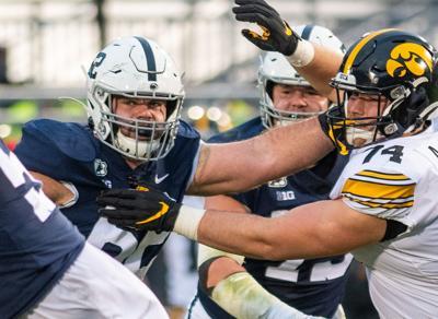 Football vs Iowa, Michal Menet (62)
