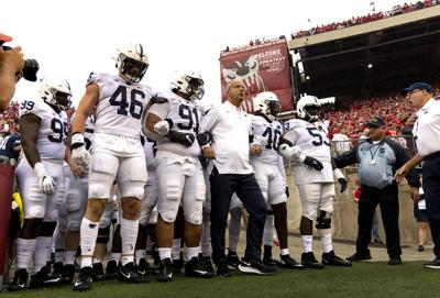 Penn State football vs. Wisconsin, Coach Franklin & team entrance