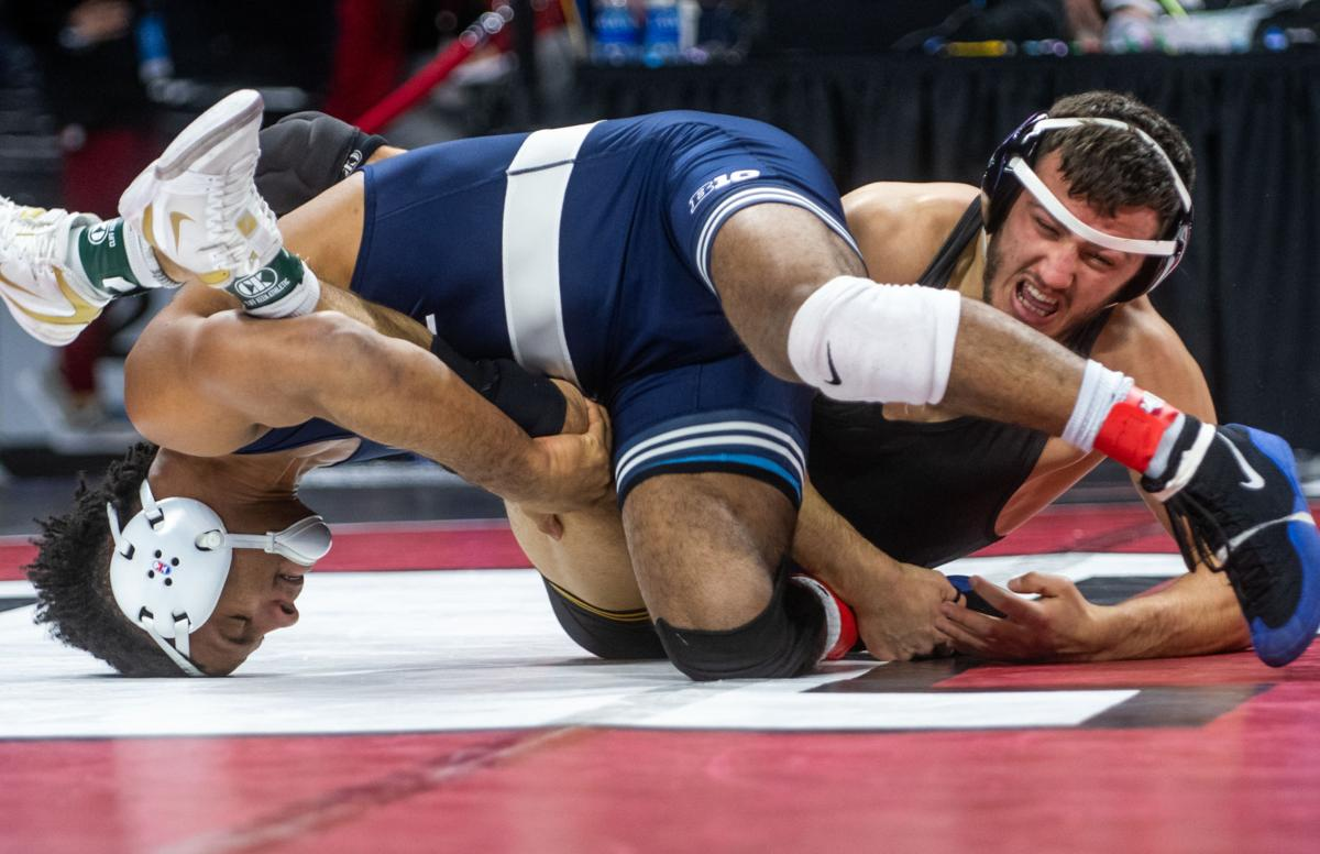 Big Ten wrestling tournament, Michael Kemerer winces in pain