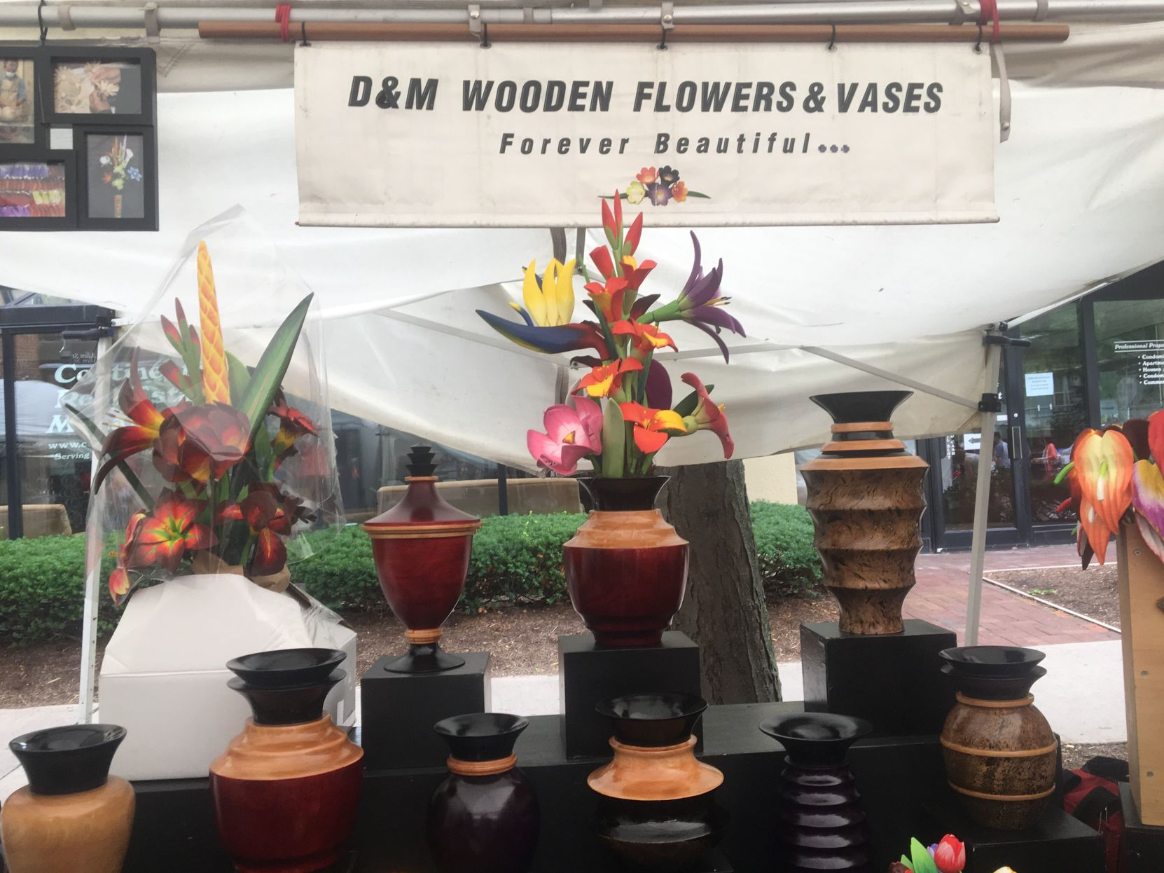The Daily Collegian - Penn State & DM Wooden Flowers and Vases display long-lasting beauty at Arts Fest ...