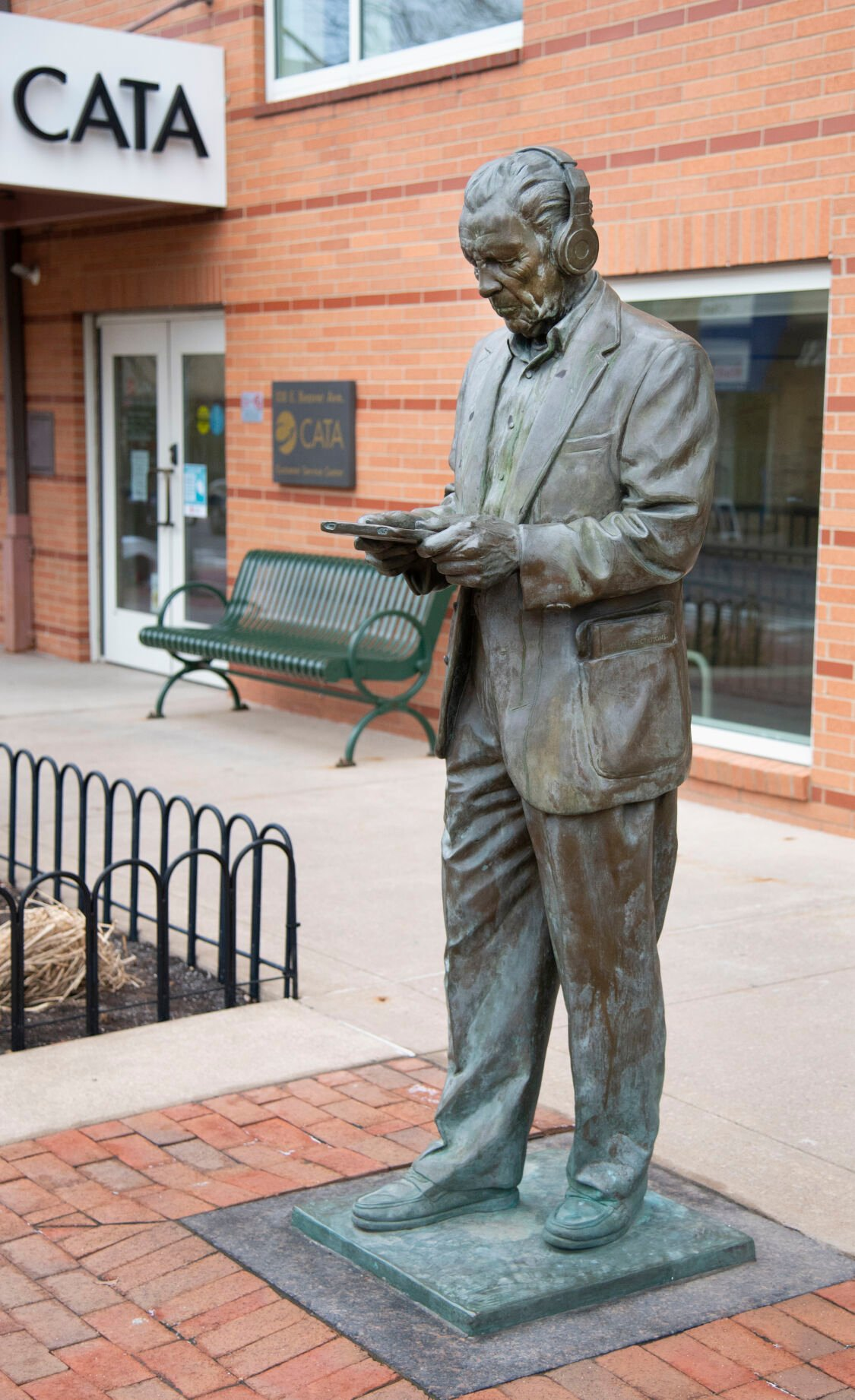 The Downtown Eugene Brown Statue