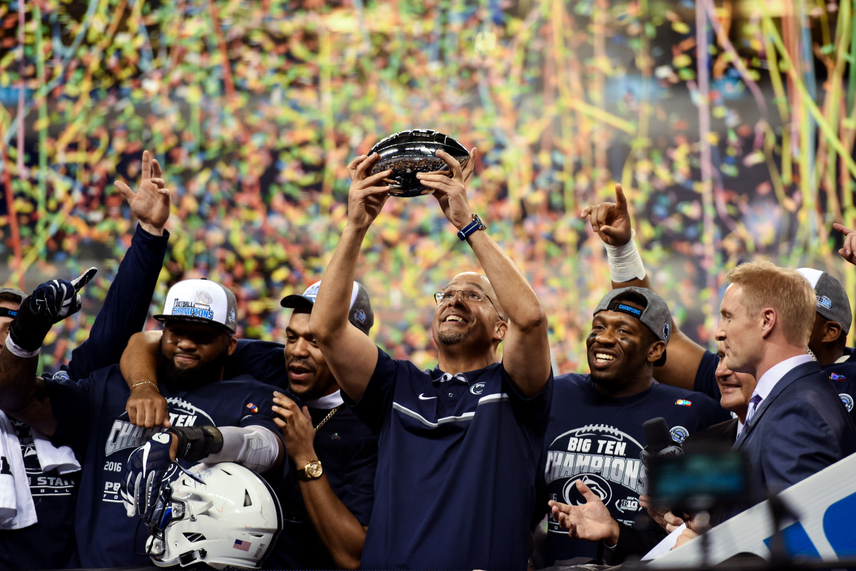 Penn State picked No. 6 in AP Top 25 poll