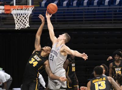 Penn State Men's Basketball vs VCU, Harrar (21)