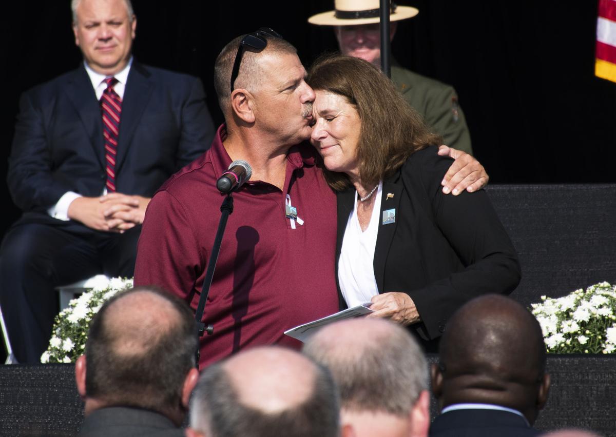 Flight 93 Memorial, Siblings Comfort Each Other
