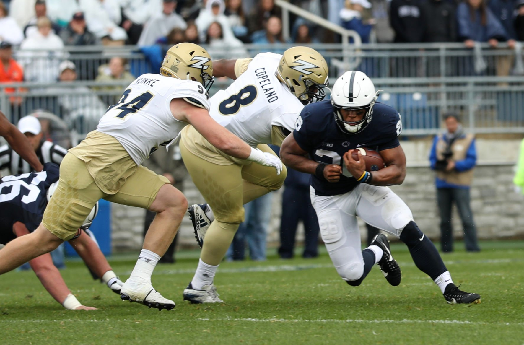 Penn State football pounds Akron as Barkley puts up big numbers