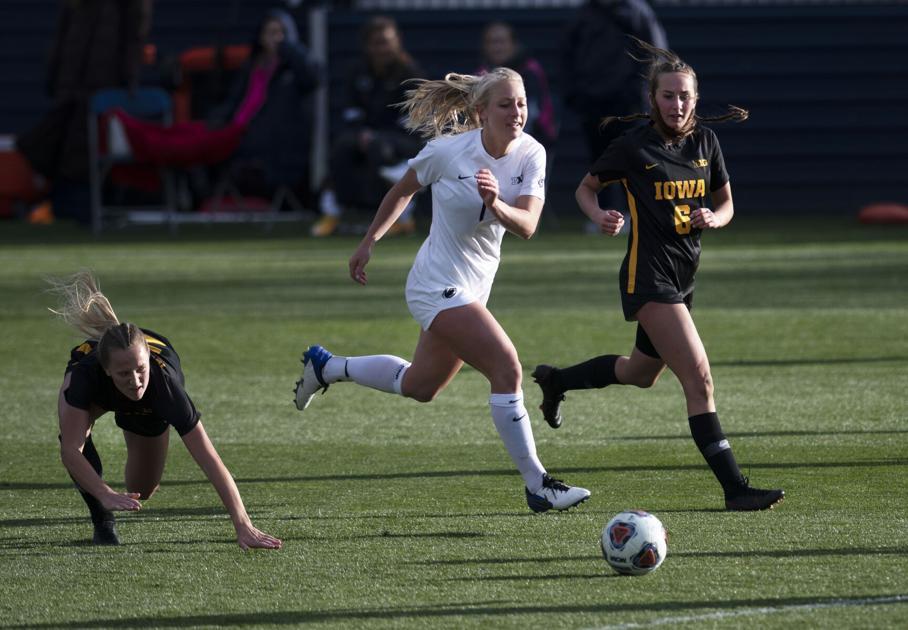 2 Penn State women's soccer player named to 2021 Big Ten All-Tournament Team