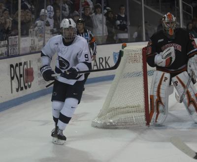 Penn State Men S Hockey Not Fazed By Two Games In Two Venues This