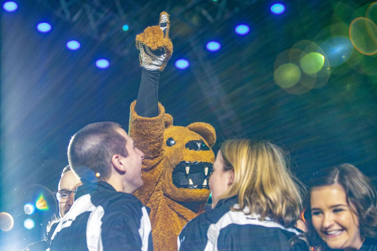 THON, Friday Initial Stand Celebration