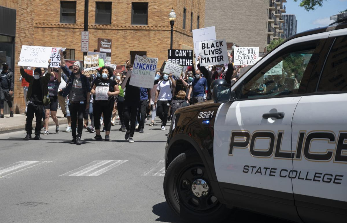BLM protest, marching