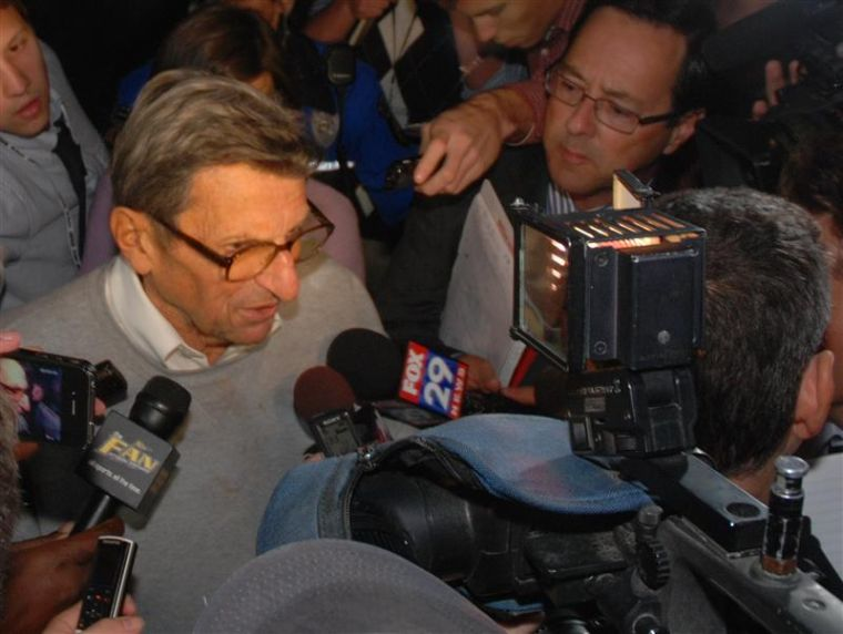 Joe Paterno's press conference cancelled; Son says Paterno wanted to talk
