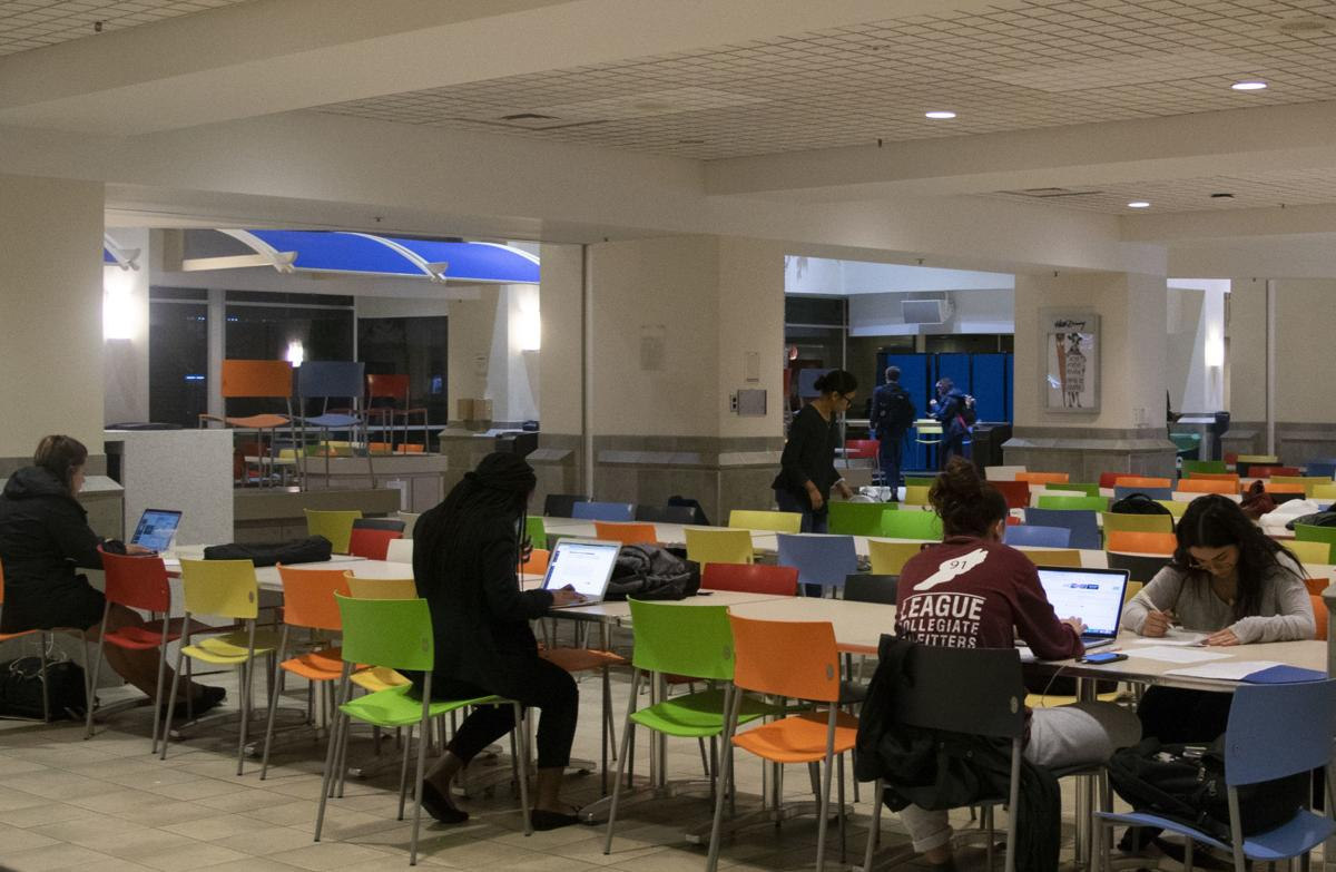 Nighttime HUB, students studying