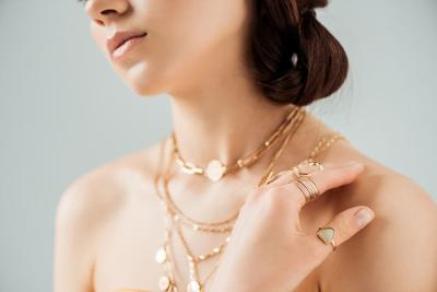 Noémie, James Allen, and Blue Nile: Who Has the Best Quality Jewelry?