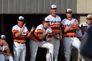 low priced 1403d 6e08c Bell-bottoms can go away, but retro uniforms should stay ...