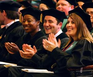 VCOM enrollment rises