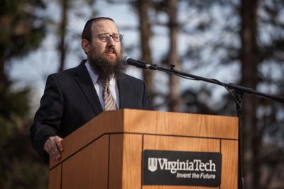 Jewish community holds solidarity event