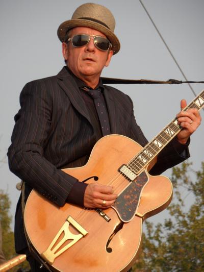 Elvis_Costello_2012.jpeg