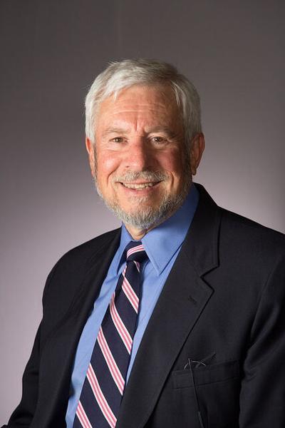 Mike Cortés