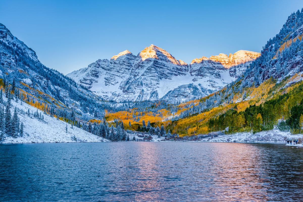 Maroon bells at sunrise, Aspen
