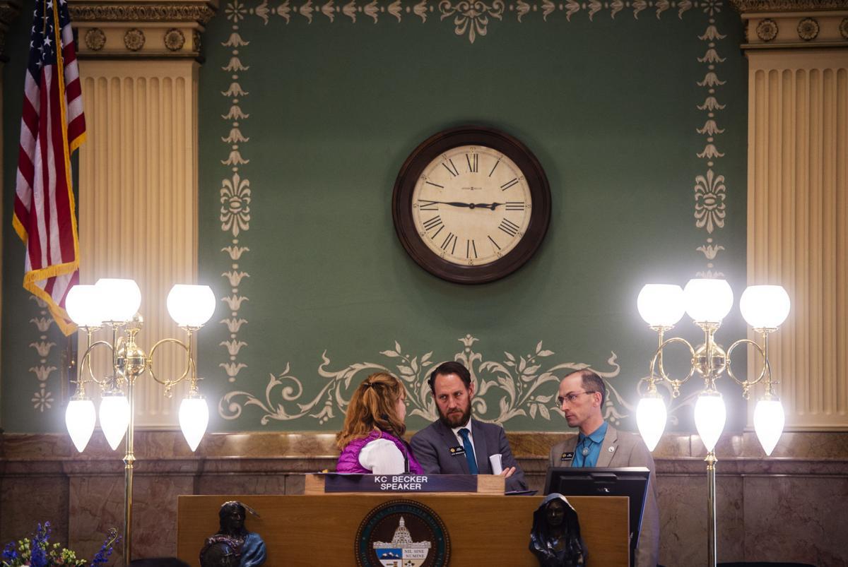 050419-news-legislature-0426.jpg