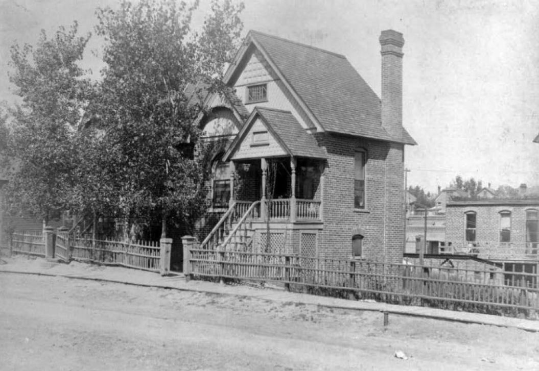 Vintage photo of a home in Denver's historic River Drive District