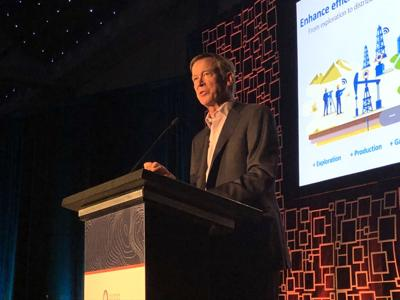 Hickenlooper, lawmakers stand with oil and gas at Denver COGA summit