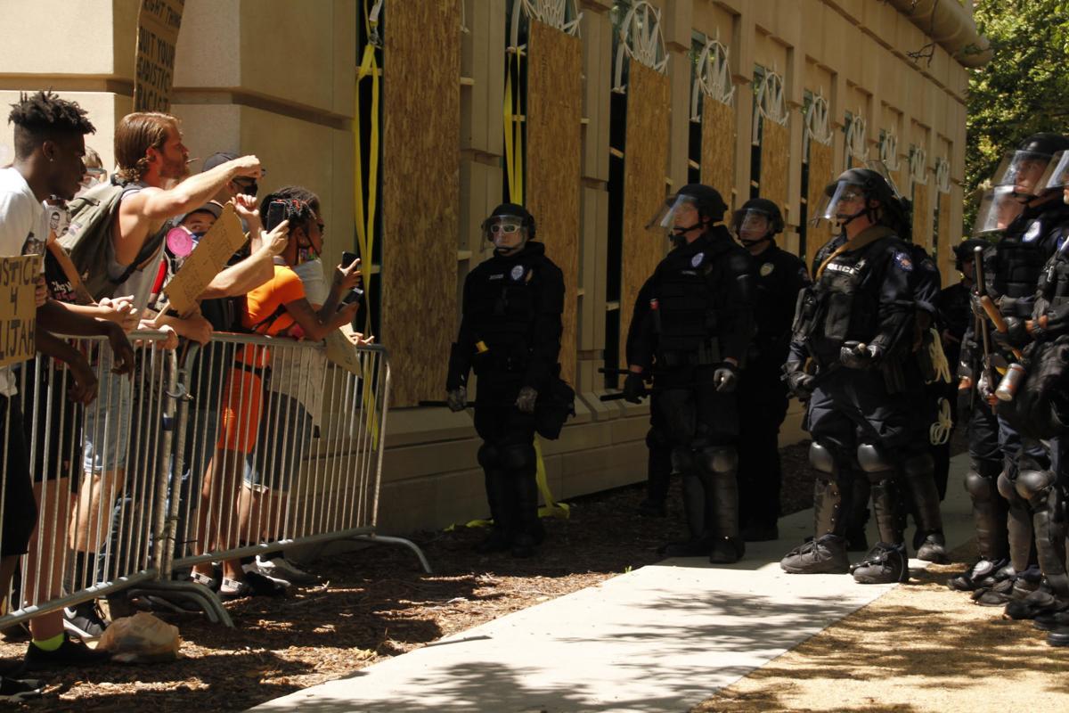 Aurora protest1.jpg