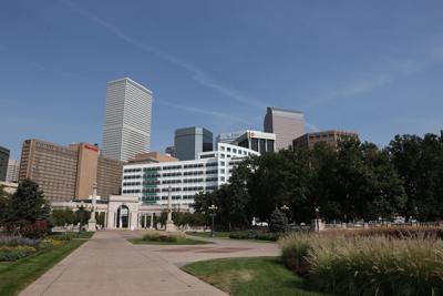 100320-dg-downtown-buildings0001.JPG